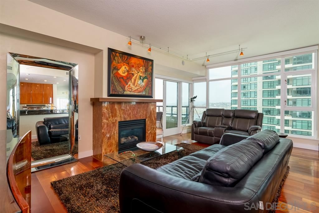 Photo for 1199 Pacific Hwy #2901, San Diego, CA 92101 (MLS # 190037497)