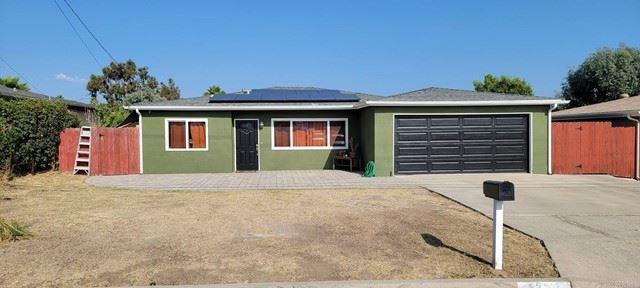Photo of 1333 Marabou Lane, Vista, CA 92083 (MLS # NDP2110497)