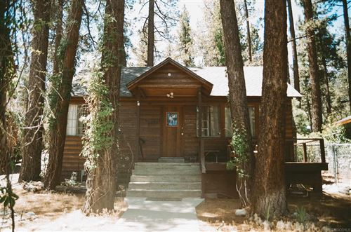 Photo of 1125 Edna St, Wrightwood, CA 92397 (MLS # 210024499)