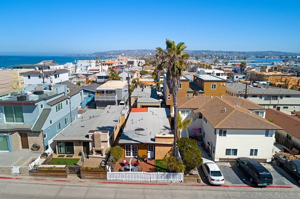 Photo for 726 Santa Barbara Place, San Diego, CA 92109 (MLS # 210008503)