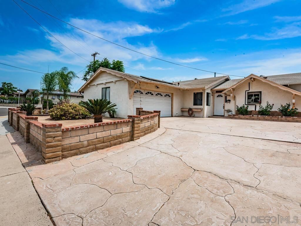 Photo of 13055 Carriage Rd, Poway, CA 92064 (MLS # 210017507)