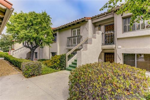 Photo of 12010 Caminto Campana, Rancho Bernardo, CA 92128 (MLS # 200023517)