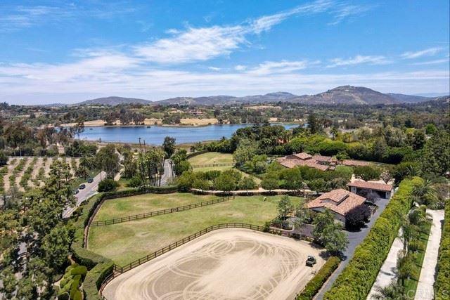 Photo of 6473 Lago Lindo, Rancho Santa Fe, CA 92067 (MLS # NDP2106523)