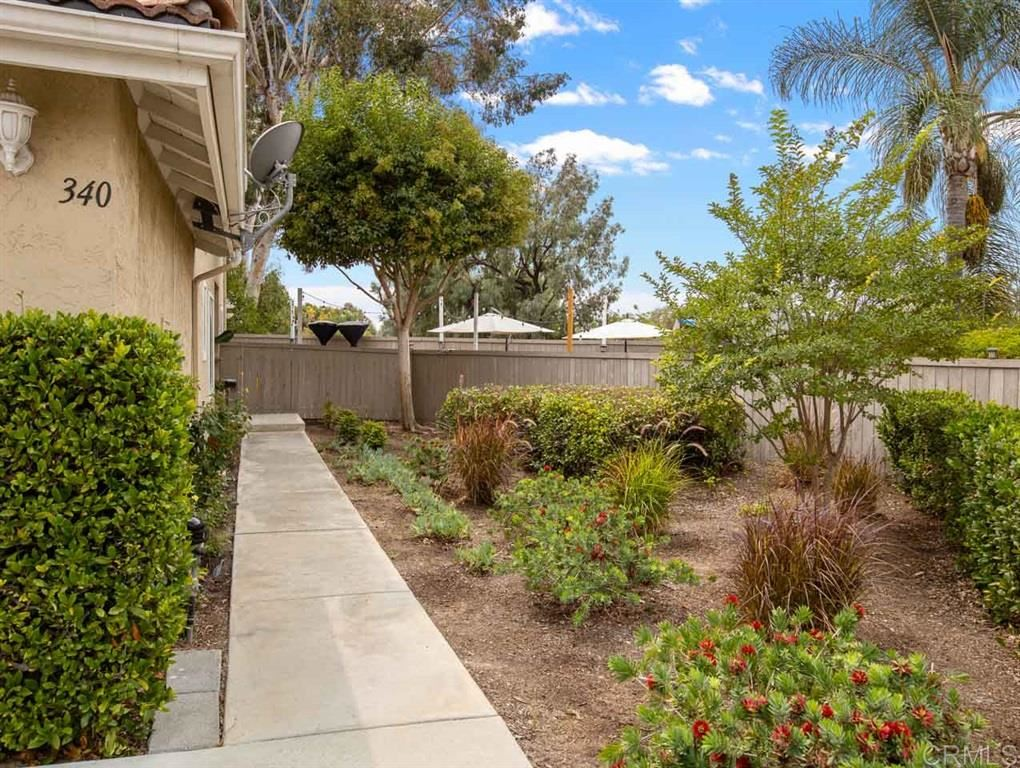 Photo of 340 Ferrara Way, Vista, CA 92083 (MLS # 200044525)