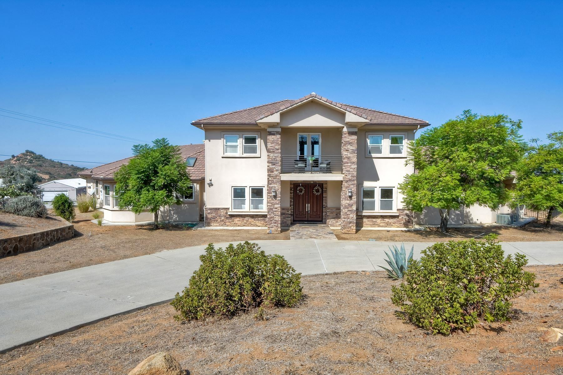 Photo of 19348 Via Cuesta, Ramona, CA 92065 (MLS # 200046526)
