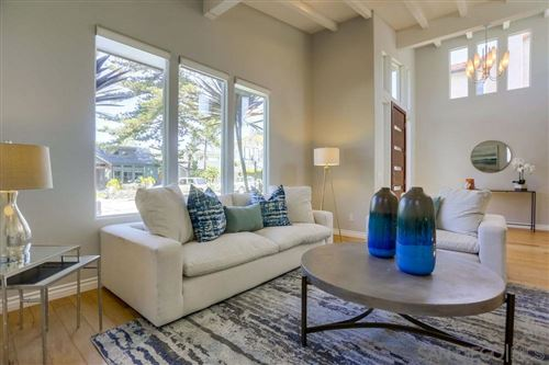 Photo of 435 Retaheim Way, La Jolla, CA 92037 (MLS # 200031529)