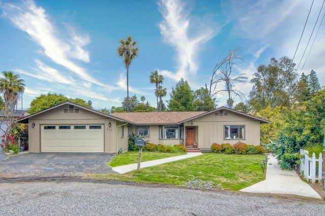 Photo of 237 Ardys Place, Vista, CA 92084 (MLS # NDP2103531)