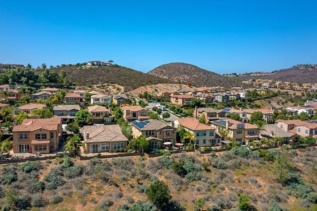 Photo of 7056 Sitio Frontera, Carlsbad, CA 92009 (MLS # 210026532)