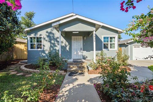 Photo of 1430 S Maple St, Escondido, CA 92025 (MLS # 210021534)