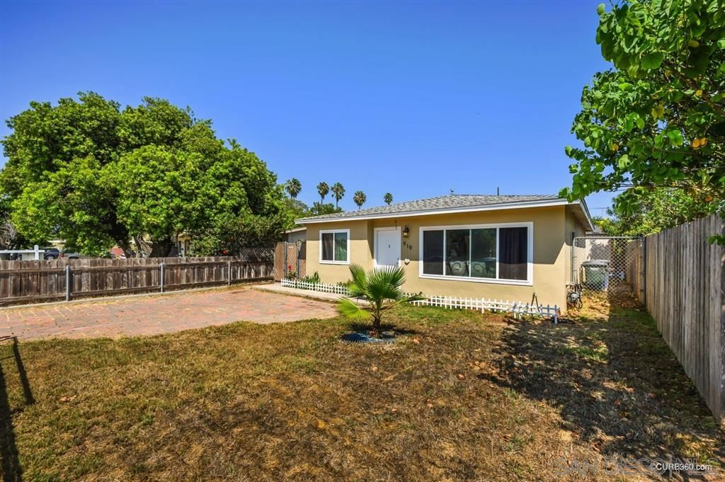Photo of 919/921 Florida Street, Imperial Beach, CA 91932 (MLS # 200041537)