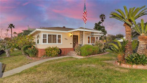 Photo of 3411 Bayonne Dr, San Diego, CA 92109 (MLS # 200052541)