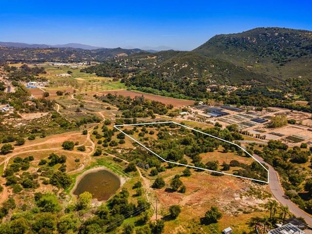 Photo of 27137 Cool Water Ranch, Valley Center, CA 92082 (MLS # NDP2106544)