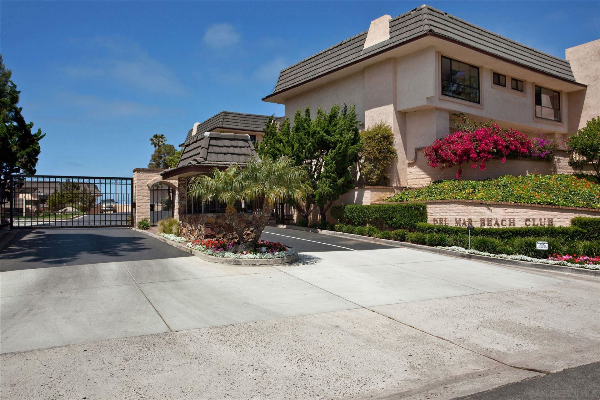 Photo of 763 Pacific Surf Dr, Solana Beach, CA 92075 (MLS # 200047545)