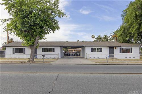 Photo of 701 E E Oakland Ave, Hemet, CA 92543 (MLS # 200030546)