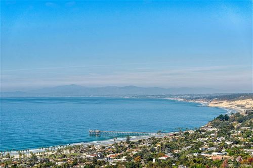 Photo of 2531 Via Viesta, La Jolla, CA 92037 (MLS # 200051549)