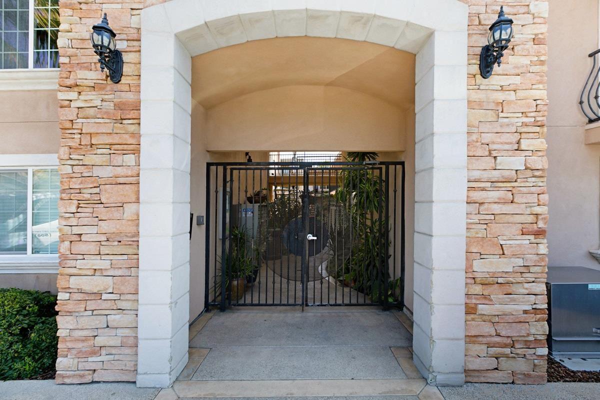 Photo of 4655 Ohio Street #5, San Diego, CA 92116 (MLS # 210009549)