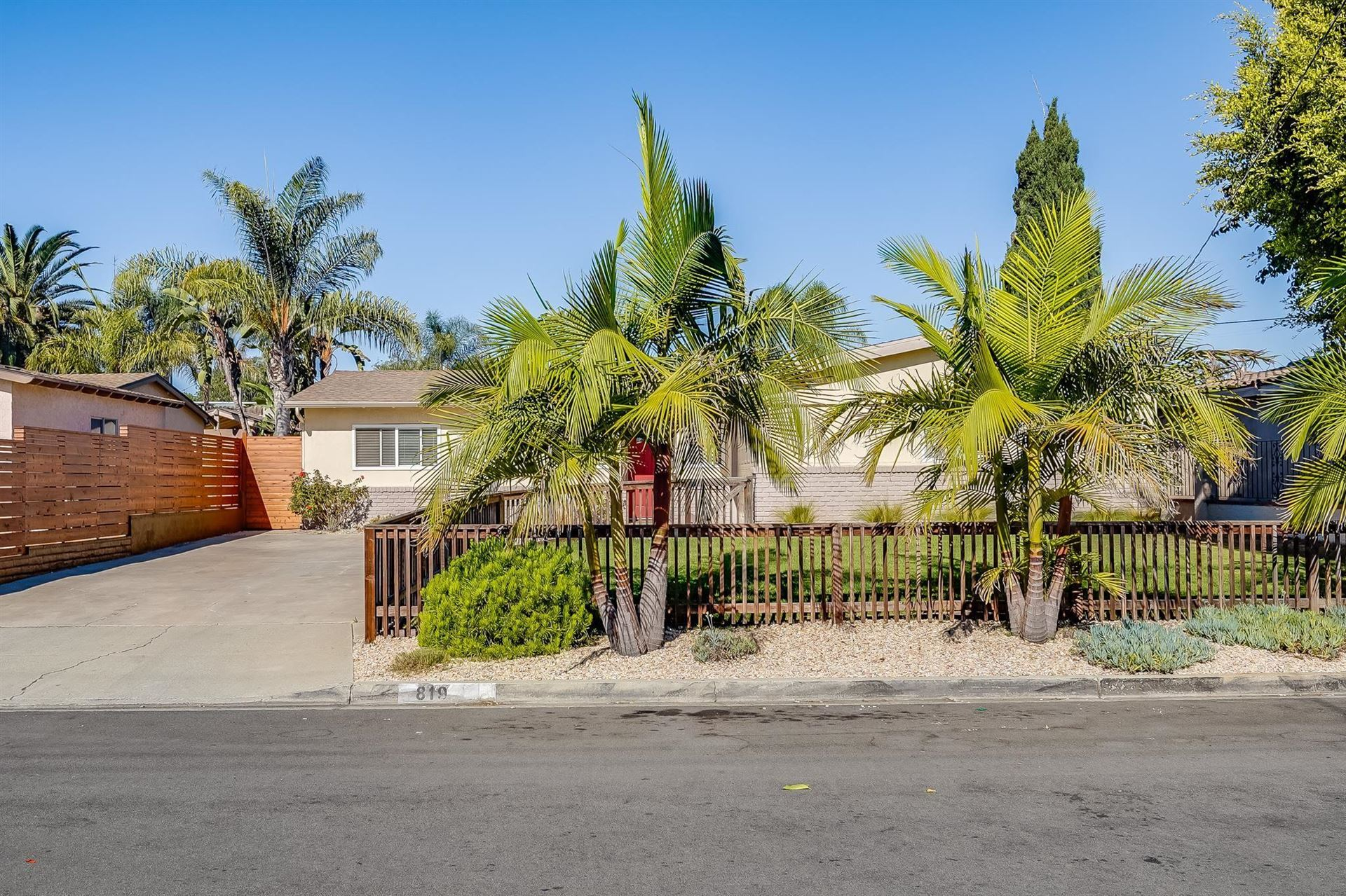 Photo of 819 Via Juanita, San Marcos, CA 92078 (MLS # 210029549)
