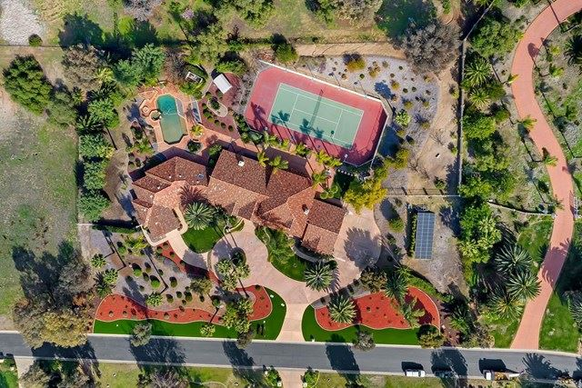 Photo of 5816 Lake Vista Drive, Bonsall, CA 92003 (MLS # NDP2101553)