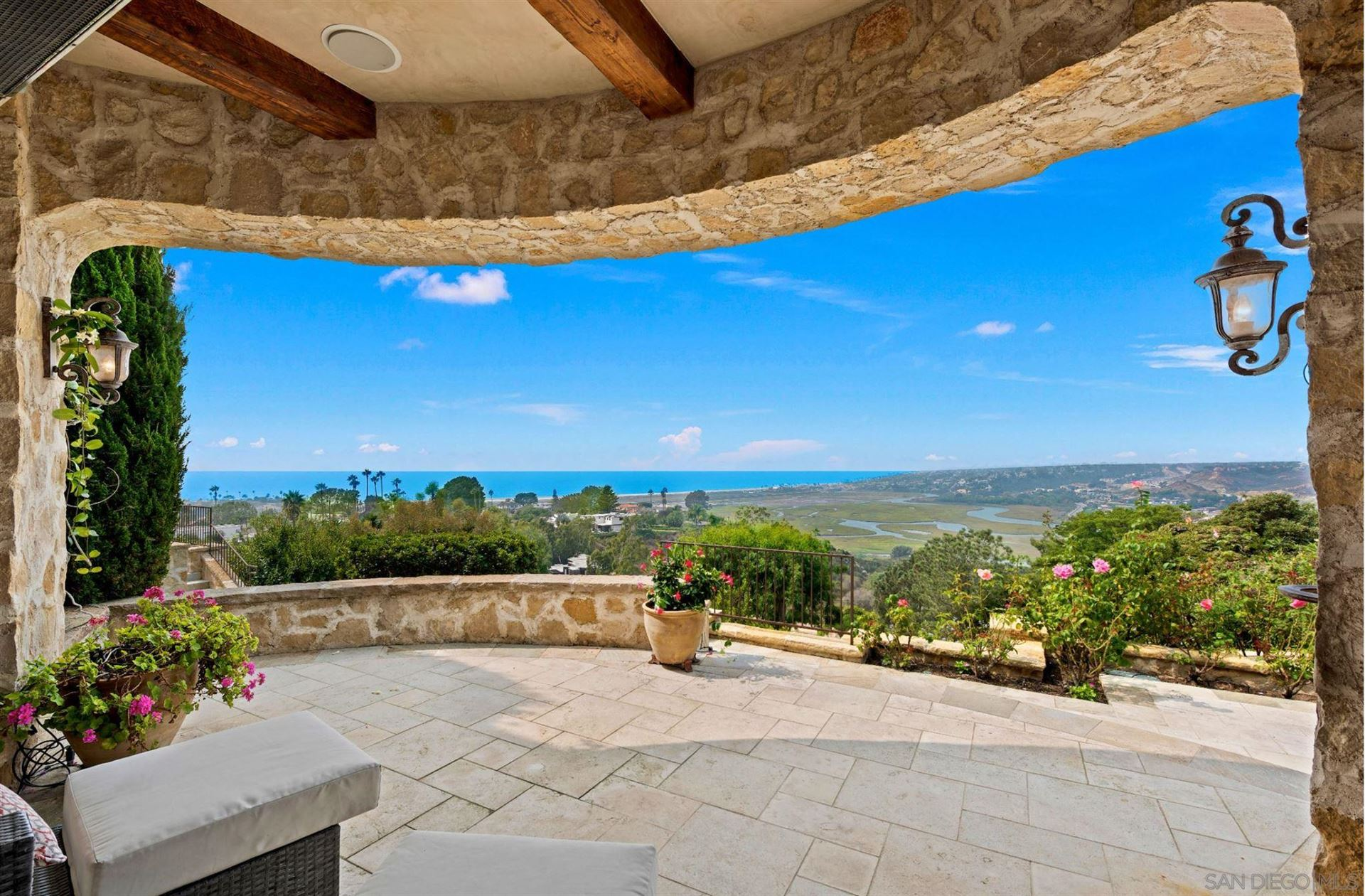 Photo of 528 Canyon Dr., Solana Beach, CA 92075 (MLS # 210004556)
