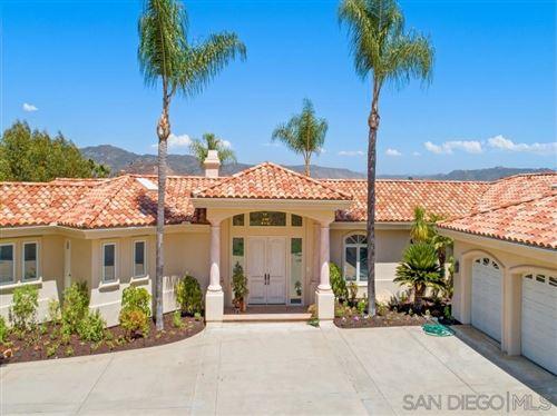 Photo of 3025 Rancho Del Verde Place, Escondido, CA 92025 (MLS # 200036558)