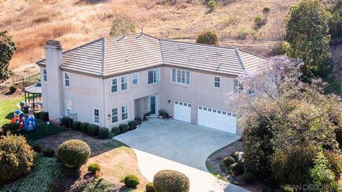 Photo of 922 Richland Rd, San Marcos, CA 92069 (MLS # 210013566)