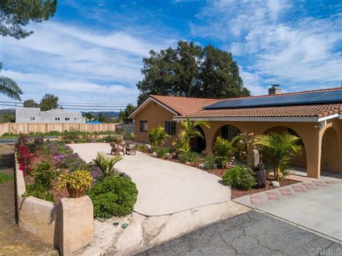 Photo of 629 Rosvall Drive, Fallbrook, CA 92028 (MLS # 200008567)