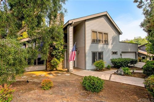 Photo of 847 Val Sereno, Encinitas, CA 92024 (MLS # 200044574)