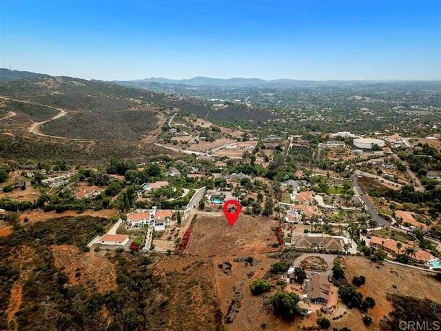 Photo of Elevado Hills Drive, Vista, CA 92084 (MLS # 200044575)