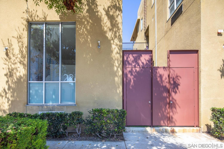 Photo of 948 G St #22, San Diego, CA 92101 (MLS # 210026575)