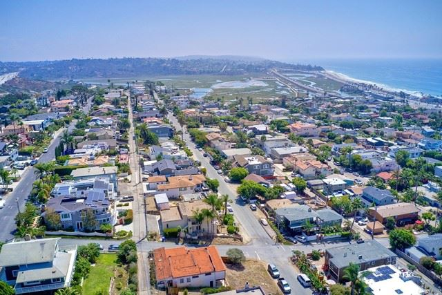 Photo of 312 Norfolk Drive, Cardiff by the Sea, CA 92007 (MLS # NDP2110576)