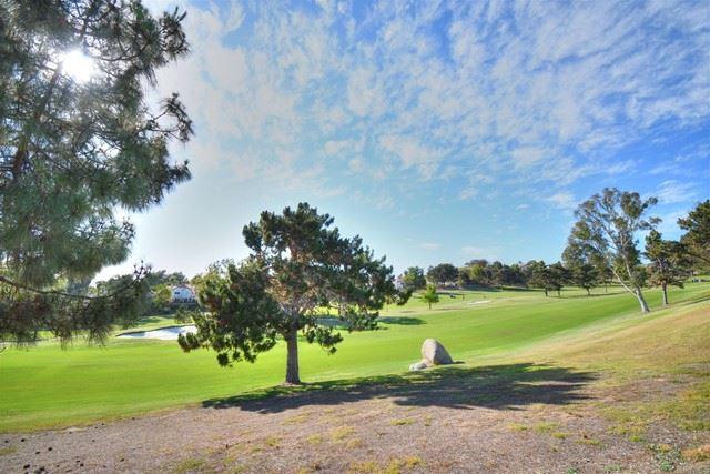 Photo of 1999 Lemonwood Lane, Vista, CA 92081 (MLS # NDP2106577)