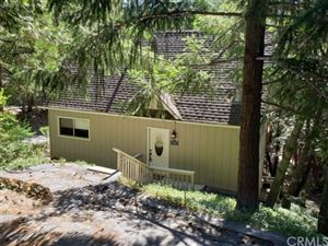 Photo of 27328 Pinewood Drive, Lake Arrowhead, CA 92352 (MLS # 300801580)