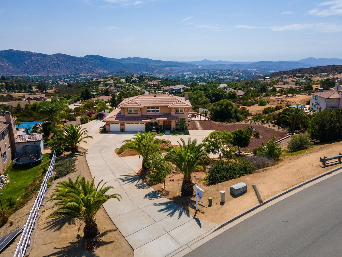 Photo for 15313 Creek Hills, El Cajon, CA 92021 (MLS # 200045580)