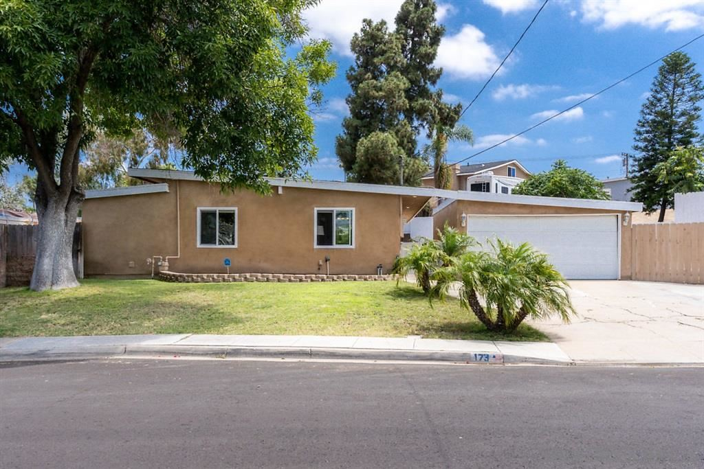Photo of 173 Inkopah St, Chula Vista, CA 91911 (MLS # 200030585)