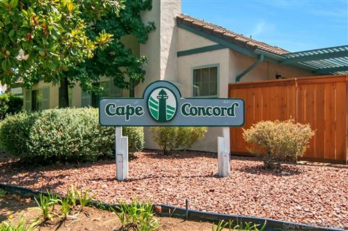 Photo of 410 Nantucket Glen, Escondido, CA 92026 (MLS # 210005586)