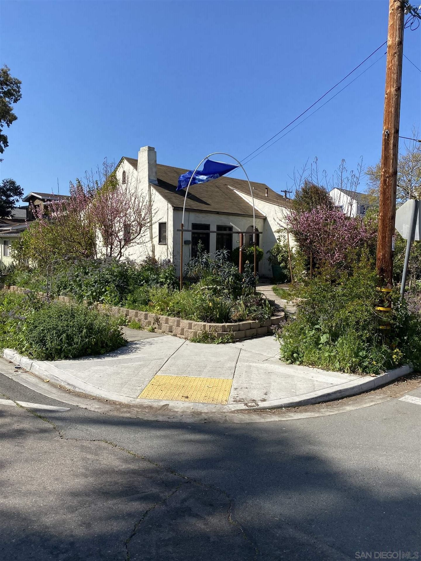 Photo for 3497 Copley Ave, San Diego, CA 92116 (MLS # 210007586)