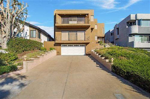 Photo of 13823 Boquita Drive, Del Mar, CA 92014 (MLS # 200049587)