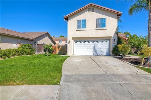 Photo of 2441 Linda Ct, Escondido, CA 92027 (MLS # 210027587)