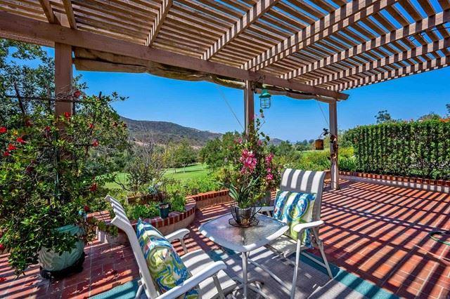 Photo of 29122 Laurel Valley Drive, Vista, CA 92084 (MLS # NDP2110588)