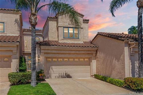 Photo of 3727 Paseo Vista Famosa, Rancho Santa Fe, CA 92091 (MLS # 200035589)