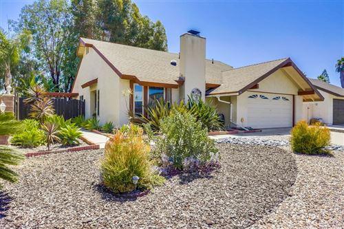 Photo of 400 Dorsey Way, Vista, CA 92083 (MLS # 200038591)