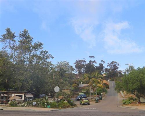 Photo of 501 QUAIL GARDENS DRIVE, Encinitas, CA 92024 (MLS # NDP2111595)