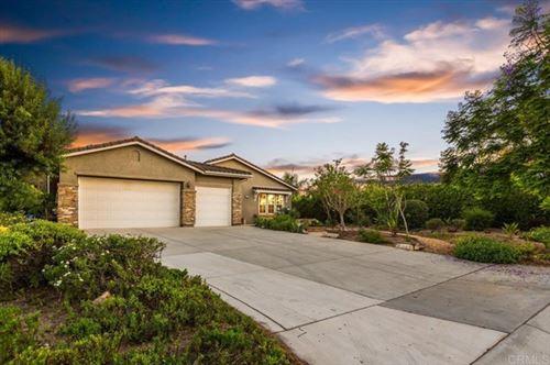 Photo of 602 Sun Circle, Vista, CA 92081 (MLS # NDP2108597)