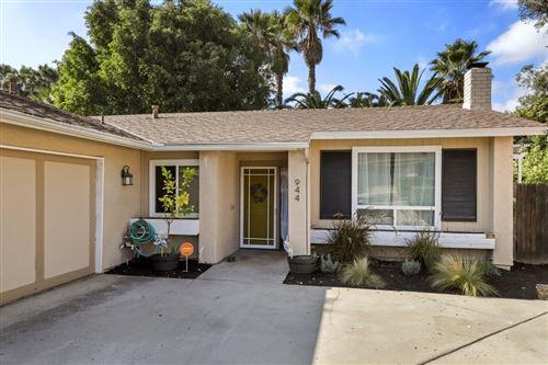 Photo of 944 Woodcreek Rd, Fallbrook, CA 92028 (MLS # 200052602)