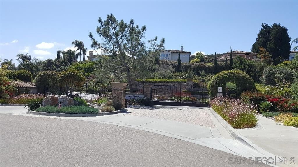 Photo of 4478 Rosecliff Place, San Diego, CA 92130 (MLS # 200031603)
