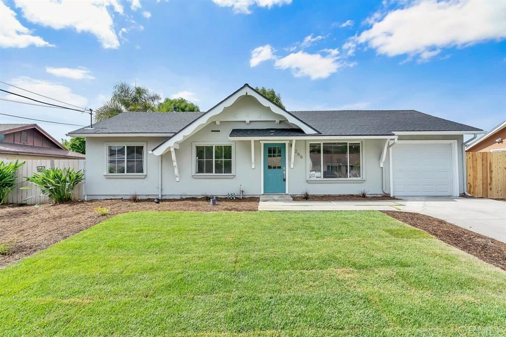 Photo of 266 Gannet Drive, Vista, CA 92083 (MLS # 200034605)