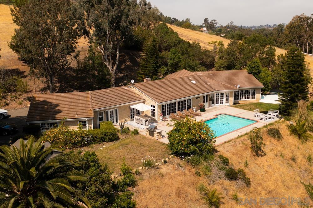 Photo of 5460 La Crescenta, Rancho Santa Fe, CA 92067 (MLS # 210014605)