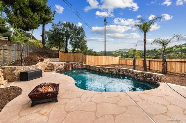 Photo of 30667 Lilac Road, Valley Center, CA 92082 (MLS # NDP2103605)