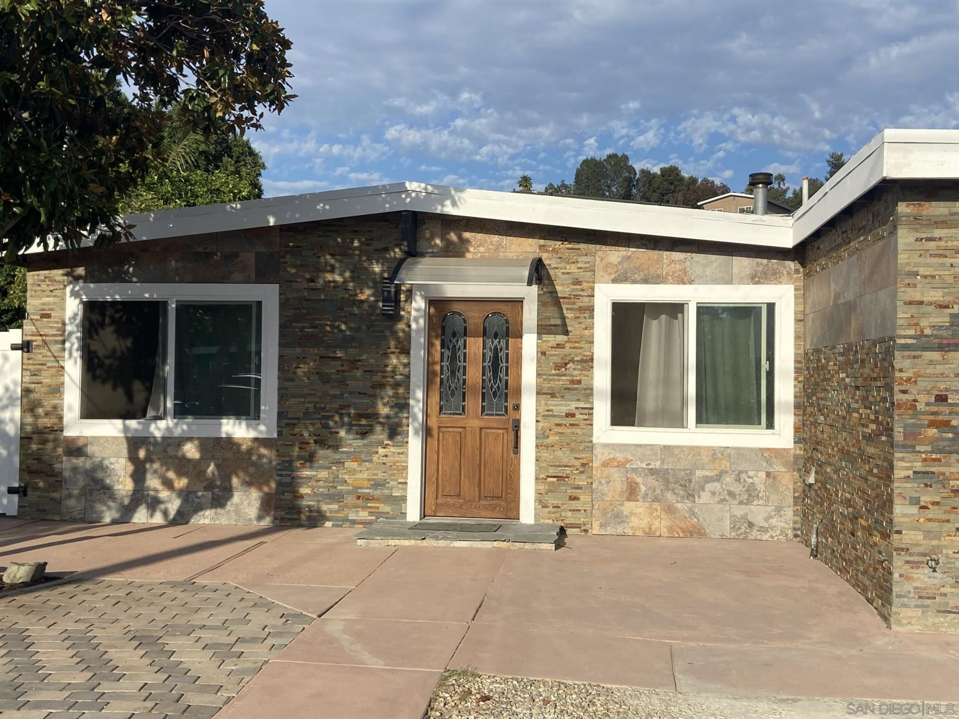 Photo of 1427 Gowin St, Spring Valley, CA 91977 (MLS # 210026606)