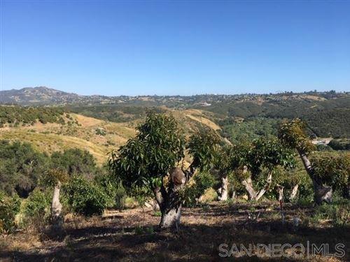 Photo of Paso Oro Verde, Fallbrook, CA 92028 (MLS # 200047610)